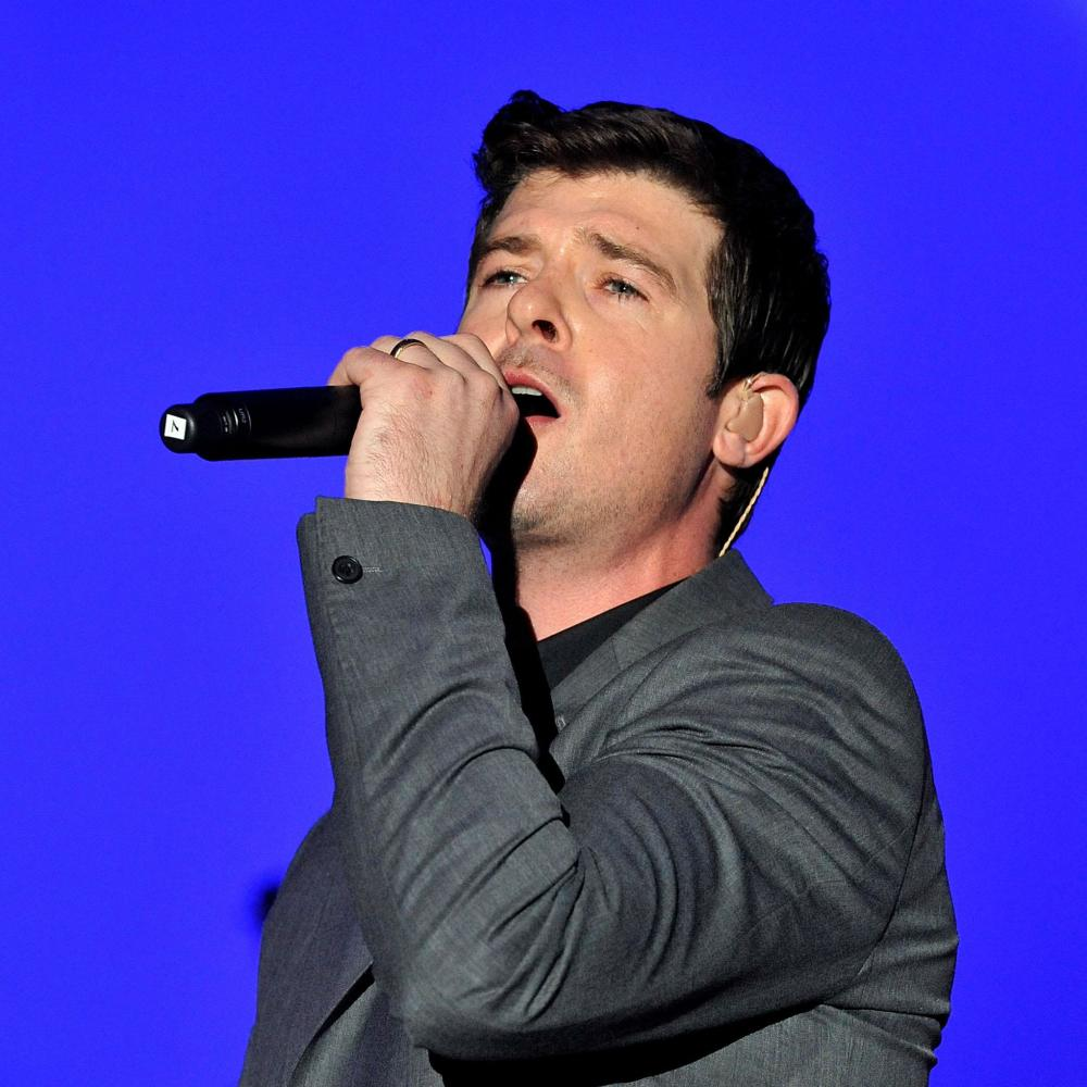 Robin thicke lester cohen wireimage getty images nvjuhfo Image collections
