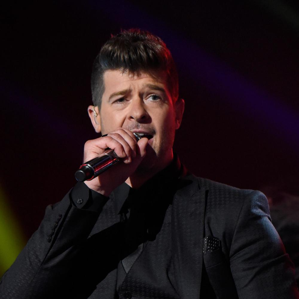 Robin thicke kevin mazurfox wireimage getty images nvjuhfo Image collections