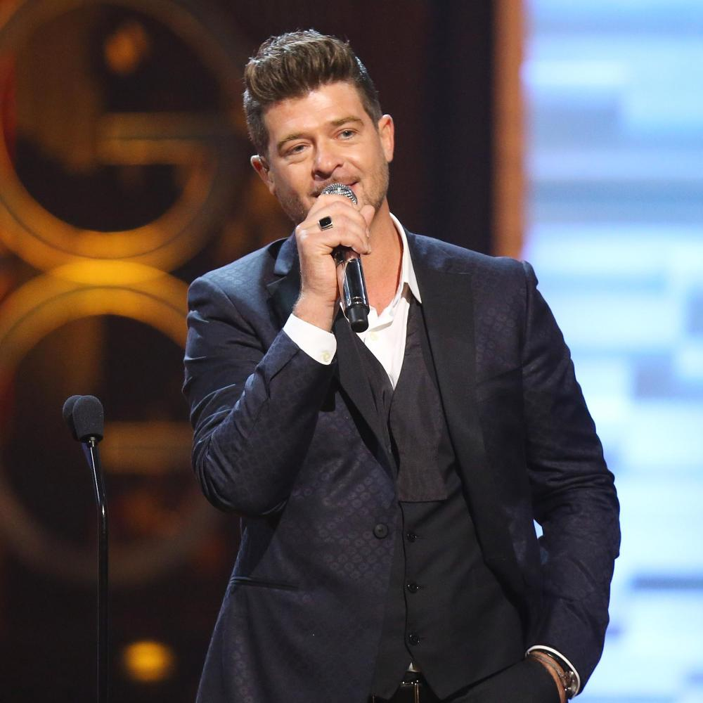 Robin thicke robin thicke michael tran wireimage getty images nvjuhfo Image collections